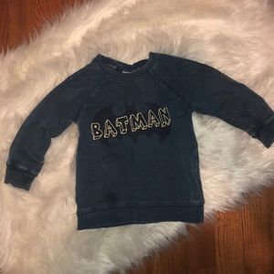 🏈 H&M 12-18 month Batman Sweatshirt
